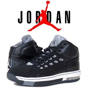 Authentic Air Jordan Ol'School Sneakers Size 9